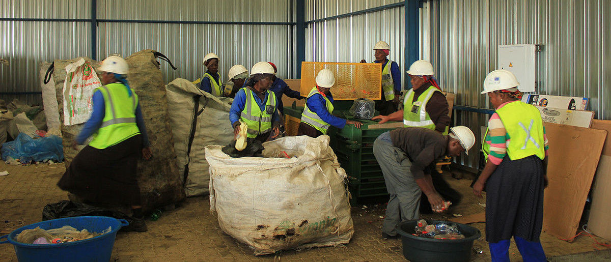 Saving Lives, Building Resilience - Programmes - Oxfam South Africa